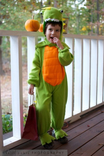 Halloween 2010: my dinosaur and pumpkin